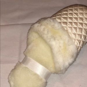 VS Slippers! White - brand new. Size medium